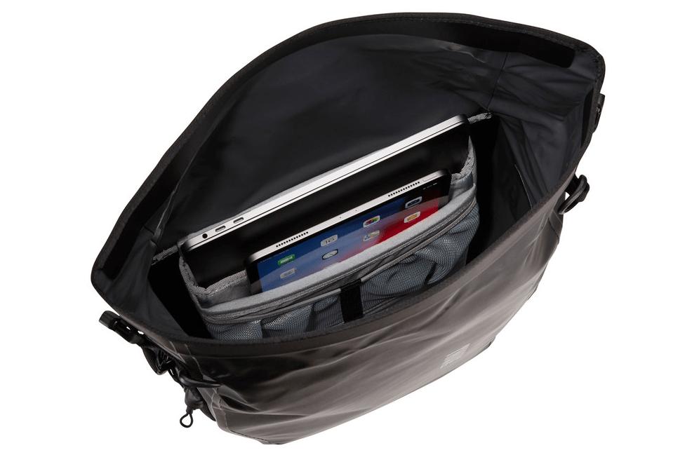 Thule Shield Pannier 17L laptop vak