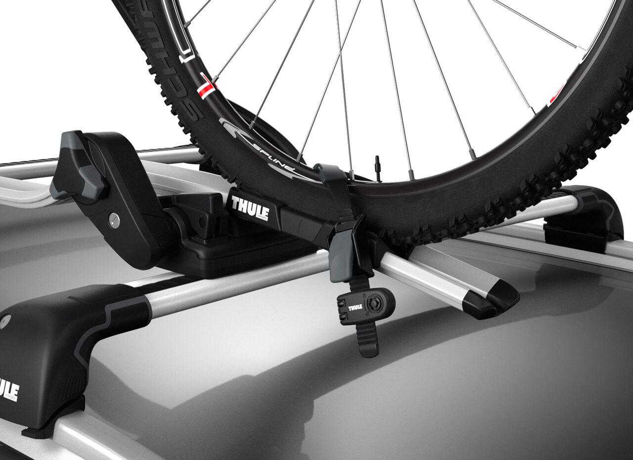 Thule Wheel Strap Locks – Gemonteerd